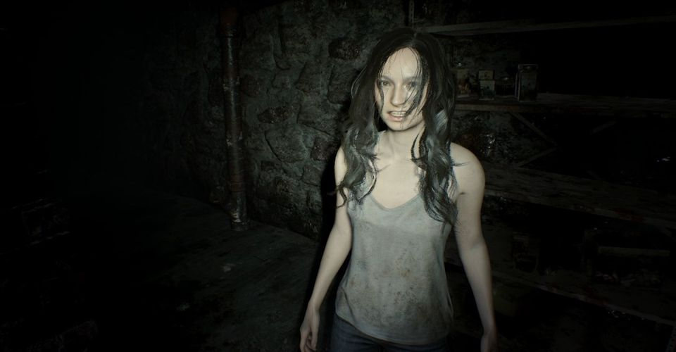 Resident Evil 7 Guide How To Beat Mia Game Rant
